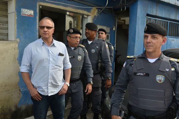 Criminosos atacam as principais avenidas de Vitória 1