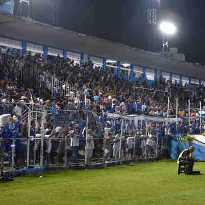 Data: 07/01/2020 - ES - Vitória - Vitória vence o CSA por 2X1 no Estádio Salvador Costa. Na foto, o gol do CSA