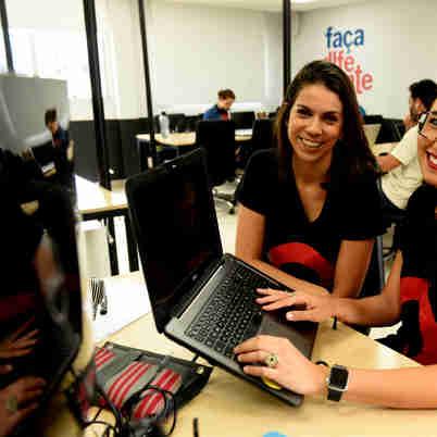 Data: 10/02/2020 - ES - Vitória - Julia Caiado e Carol Ferriguetti, entrevistadas sobre mercado de startups - Editoria: Economia - Foto: Ricardo Medeiros - GZ