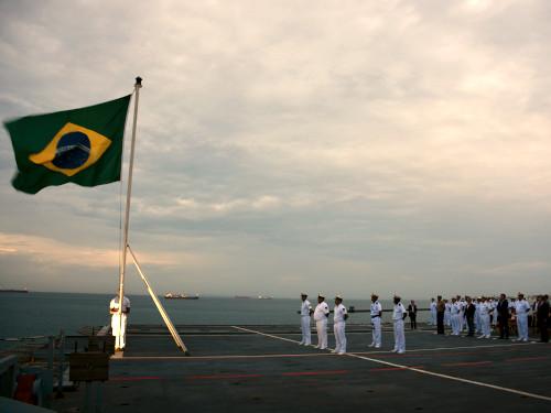 Marinha do Brasil abriu três concursos para quem tem nível superior. Crédito: Facebook/Marinha