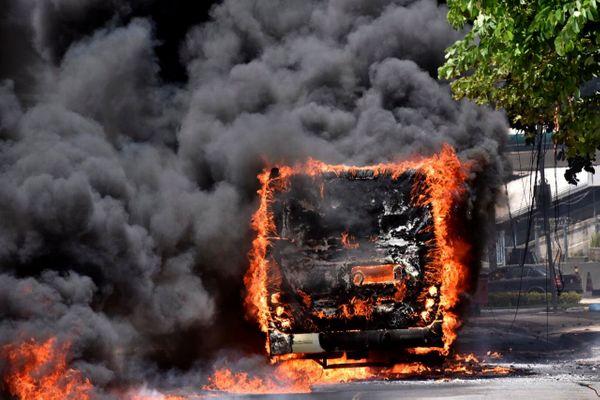 Criminosos atacam as principais avenidas de Vitória 3