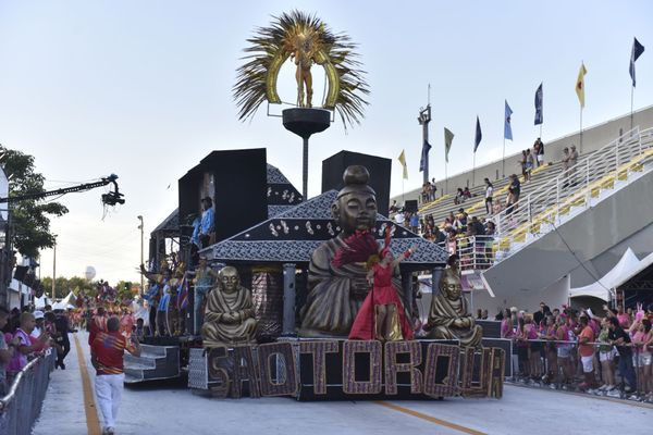 Desfile da escola de samba Unidos de São Torquato. Crédito: Vitor Jubini