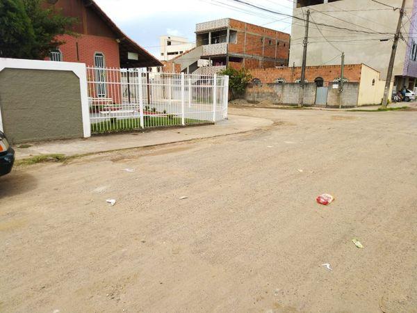 Local em que motorista de aplicativo foi socorrido após ser esfaqueado por assaltantes. Crédito: Caique Verli