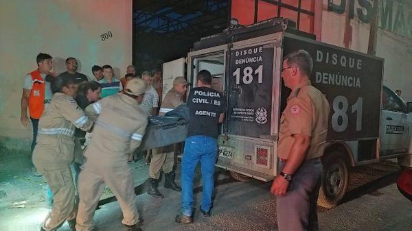 Corpo da vítima do acidente aéreo foi levado ao DML de Vitória. Crédito: Letícia Gonçalves