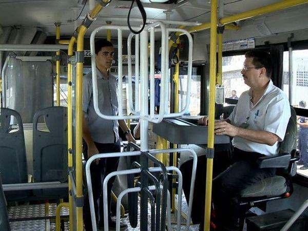 Cobradores vão receber qualificação para atuar como motoristas. Crédito: TV Gazeta/ Reprodução