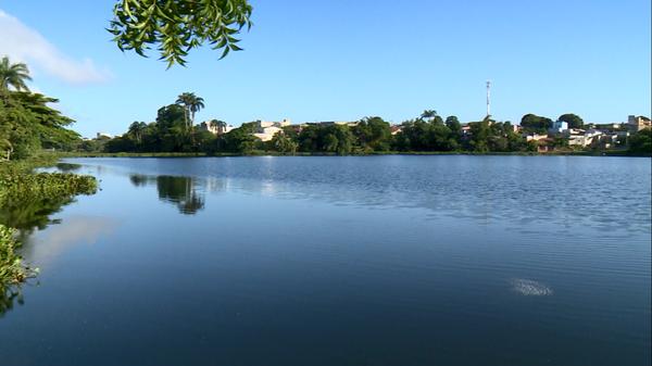 Data: 20/02/2020 - ES - Linhares - Continuam as buscas por jovem desaparecido em lagoa de Linhares