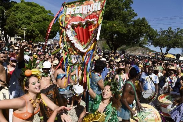 Regional da Nair desfila na Avenida Beira-Mar. Crédito: Fabio Vicentini