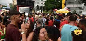 Desfile do bloco Bekoo das Pretas na avenida Beira-Mar -Foto: Vitor Jubini
