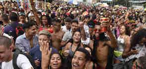 Desfile do bloco Bekoo das Pretas na avenida Beira-Mar Foto: Vitor Jubini
