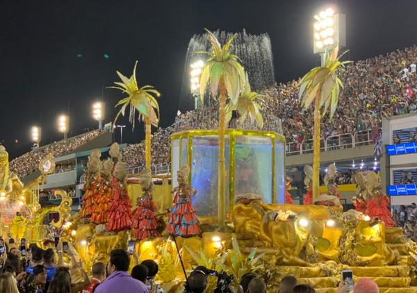 Com o prêmio, a escola do município de Niterói consagra o seu segundo título do Carnaval Carioca. Crédito: Twitter