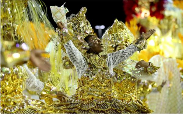 A agremiação da cidade de Niterói mostrou na Sapucaí o enredo sobre as Ganhadeiras de Itapuã. Crédito: Wilton Júnior/ ESTADÃO