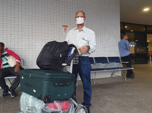 O administrador Paulo Lima usa a máscara como proteção contra o coronavírus. Crédito: Alberto Borém