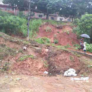 Efeitos da chuva em Cachoeiro de Itapemirim