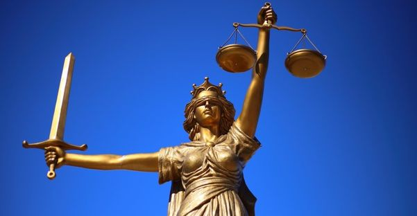 Advogados contestam tratamento diferenciado a juízes e promotores em fóruns. Crédito: Divulgação