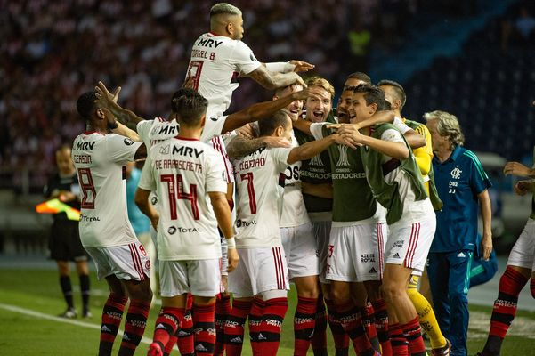 Everton Ribeiro marcou os dois gols da vitória do Flamengo sobre o Junior Barranquilla. Crédito: Alexandre Vidal/Flamengo
