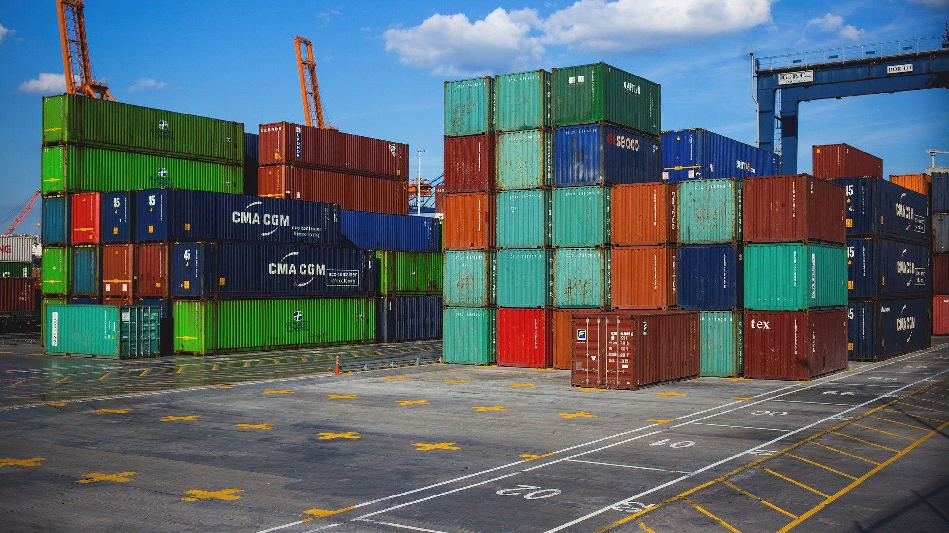 Crise pode reduzir a importação e exportação de produtos em todo o mundo