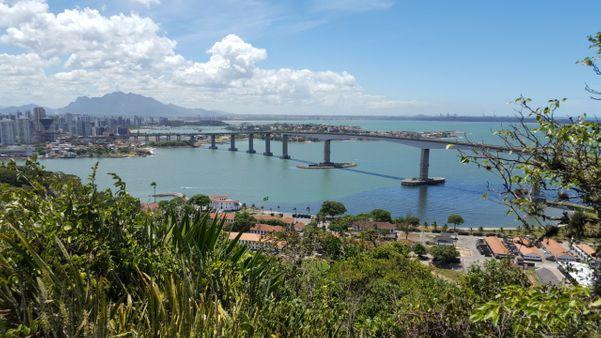 Mirante do Convento da Penha, ponto turístico macante do ES. Se localiza em Vila Velha. Crédito: Fernanda Zoboli