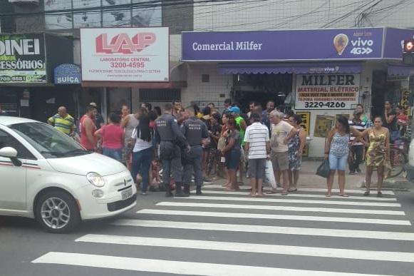 Homem é atropelado na Glória, em Vila Velha. Crédito: Internauta