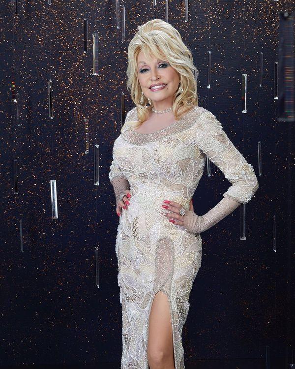 A cantora Dolly Parton. Crédito: Reprodução/Instagram @dollyparton