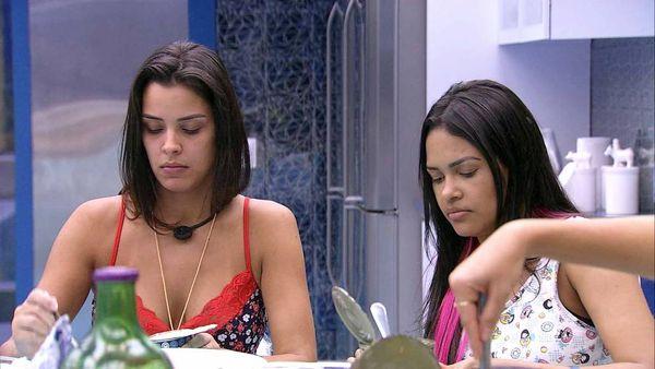 Ivy e Flayslane em momento do BBB 20. Crédito: TV Globo