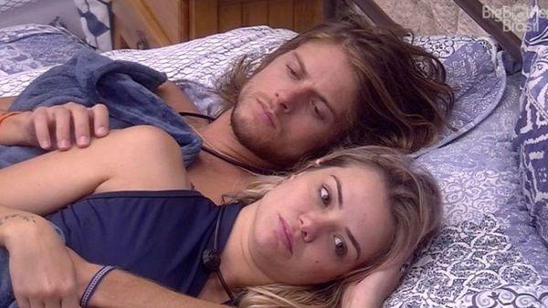 O casal Marcela e Daniel após o acontecido. Crédito: Divulgação