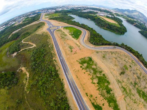 O empreendimento está próximo à BR 101, ao aeroporto, ferrovia e portos. Crédito: Divulgação/Sedes
