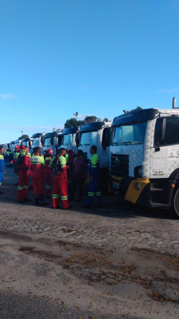 Coleta de lixo foi paralisada na Serra. Crédito: Internauta