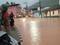Ruas ficaram completamente alagadas em Alegre, no Sul do Espírito Santo. Crédito: Internauta