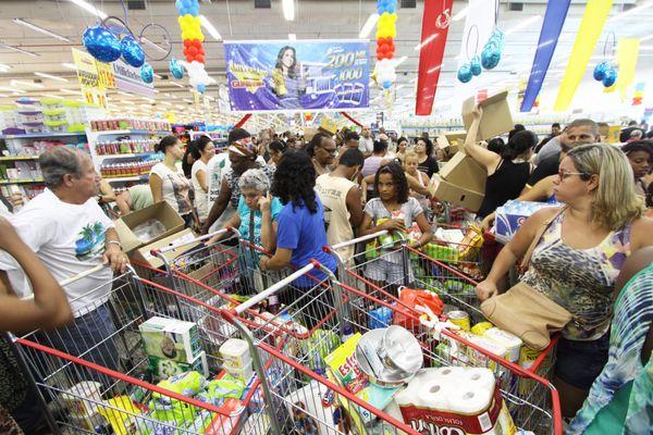 Supermercado cheio. Crédito: Divulgação