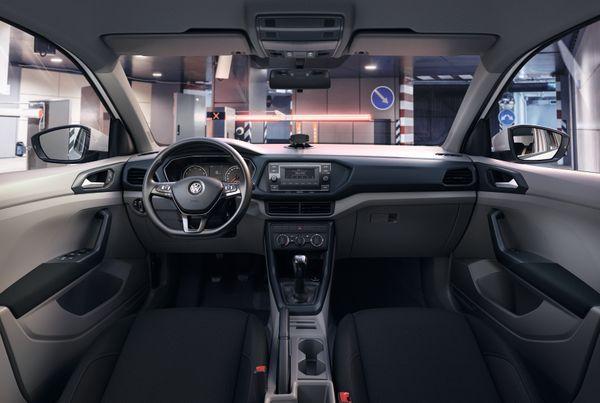 Central multimídia touch e sistema de painel digital, atrás do volante, são destaques do utilitário esportivo. Crédito: Volkswagen/Divulgação