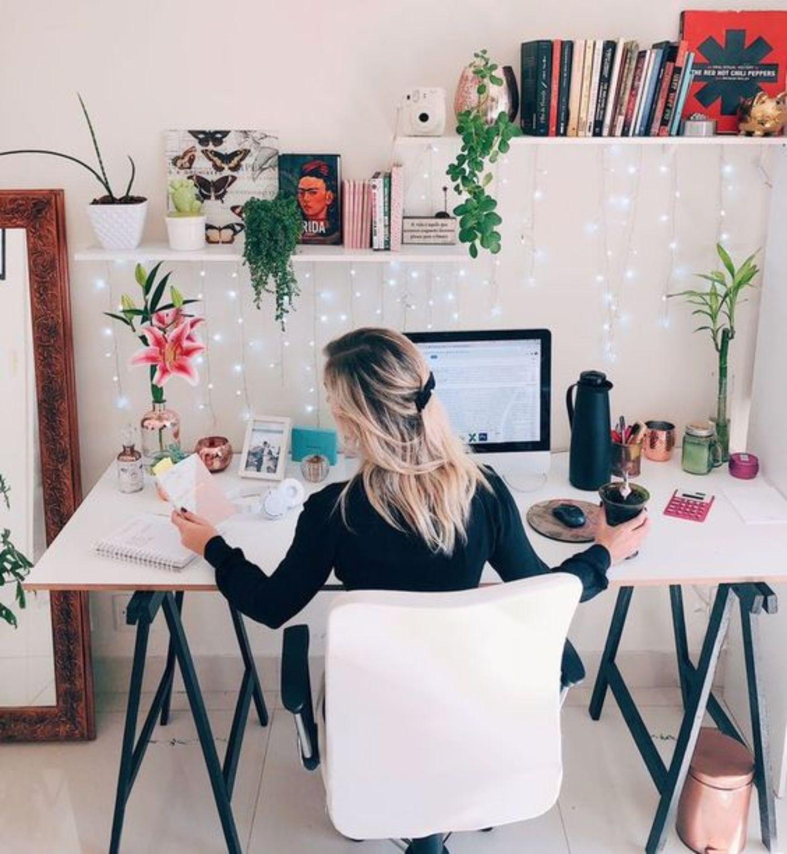 Como se vestir e organizar seu tempo em home office | A Gazeta