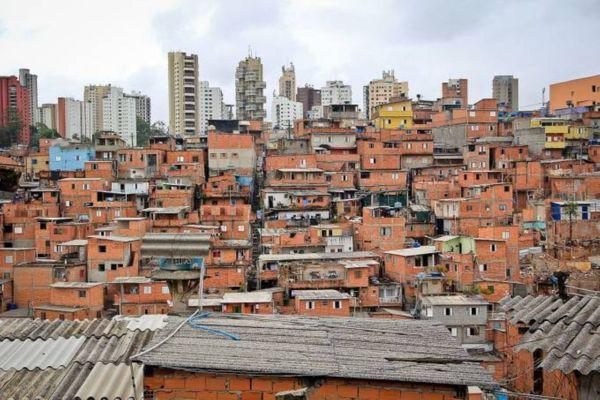 Favela na cidade de São Paulo