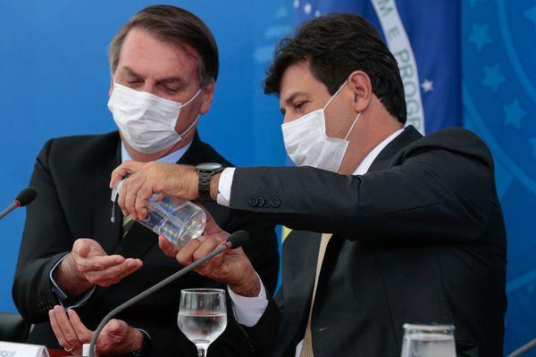 O presidente Jair Bolsonaro e o ministro da Saúde, Luiz Henrique Mandetta