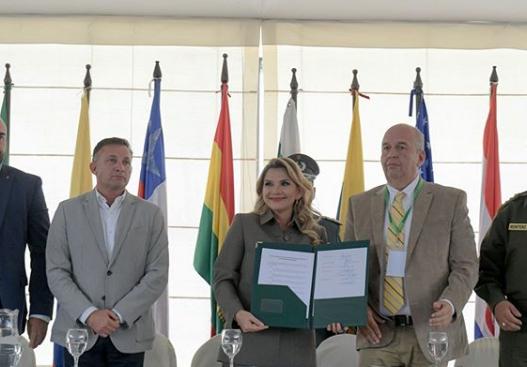 O governo da presidente interina da Bolívia, Jeanine Añez, decretou neste sábado (21) quarentena por 14 dias no país. Crédito: Instagram | Arquivo