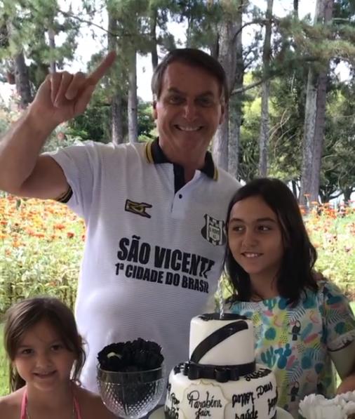 Bolsonaro tem