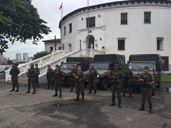 Homens do 38 BI do Exército em Vila Velha se preparam para ir às ruas auxiliar no combate ao coronavírus. Crédito: Reprodução/rede social