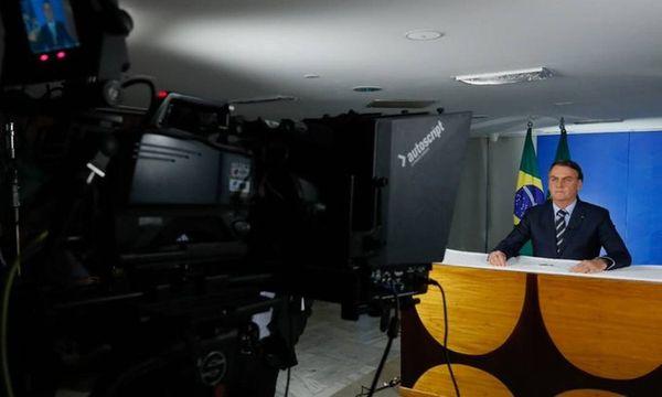 O presidente Jair Bolsonaro grava pronunciamento