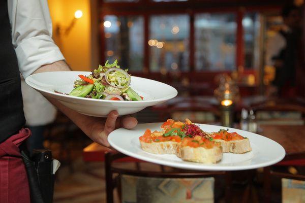 Restaurantes também estão apostando no serviço delivery