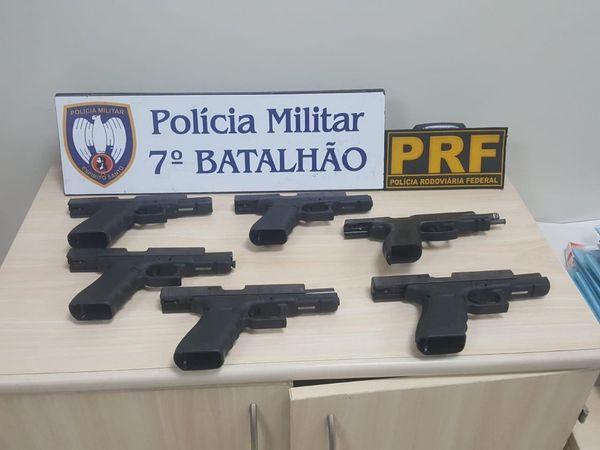 Seis pistolas foram apreendidas em setembro de 2019