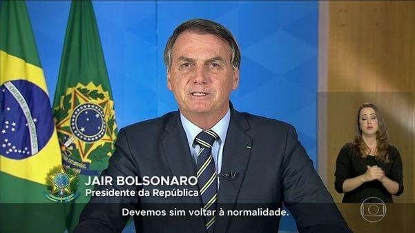 Bolsonaro contraria o próprio Ministério Saúde e pede fim do