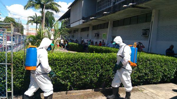 Prefeitura de Vila Velha realiza limpeza em Coqueiral de Itaparica
