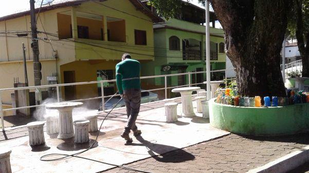 Prefeitura de Fundão realizou ações de  limpeza, esterilização e profilaxia