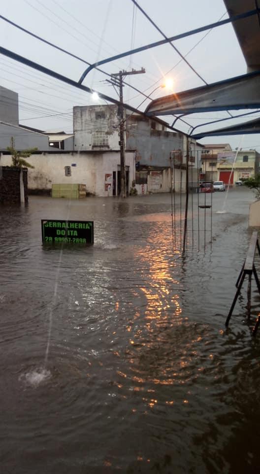 Rua Tomé de Souza, em Marataízes
