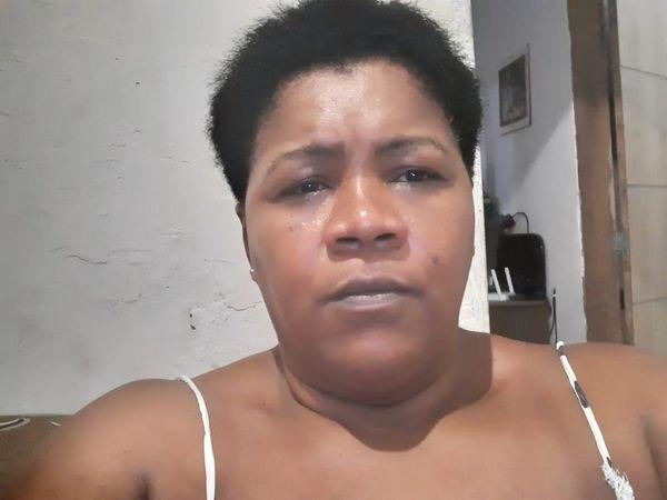 Mauriceia da Silva Jacob, 39 anos, faz marmitas, mas viu as vendas despencarem com a crise