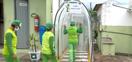 14/04/20 - Aracruz - Empresa de Aracruz cria túnel com produtos para proteger funcionários da covid-19