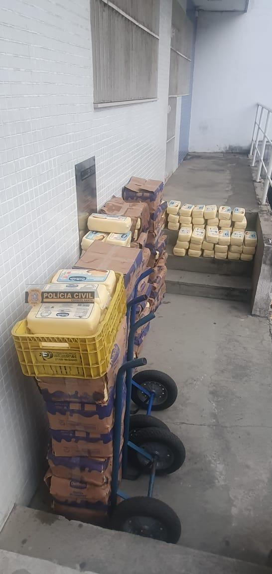 700 kg de queijo furtado em Minas Gerais foram apreendidos pela Polícia Civil em Guarapari na noite desta segunda (20)