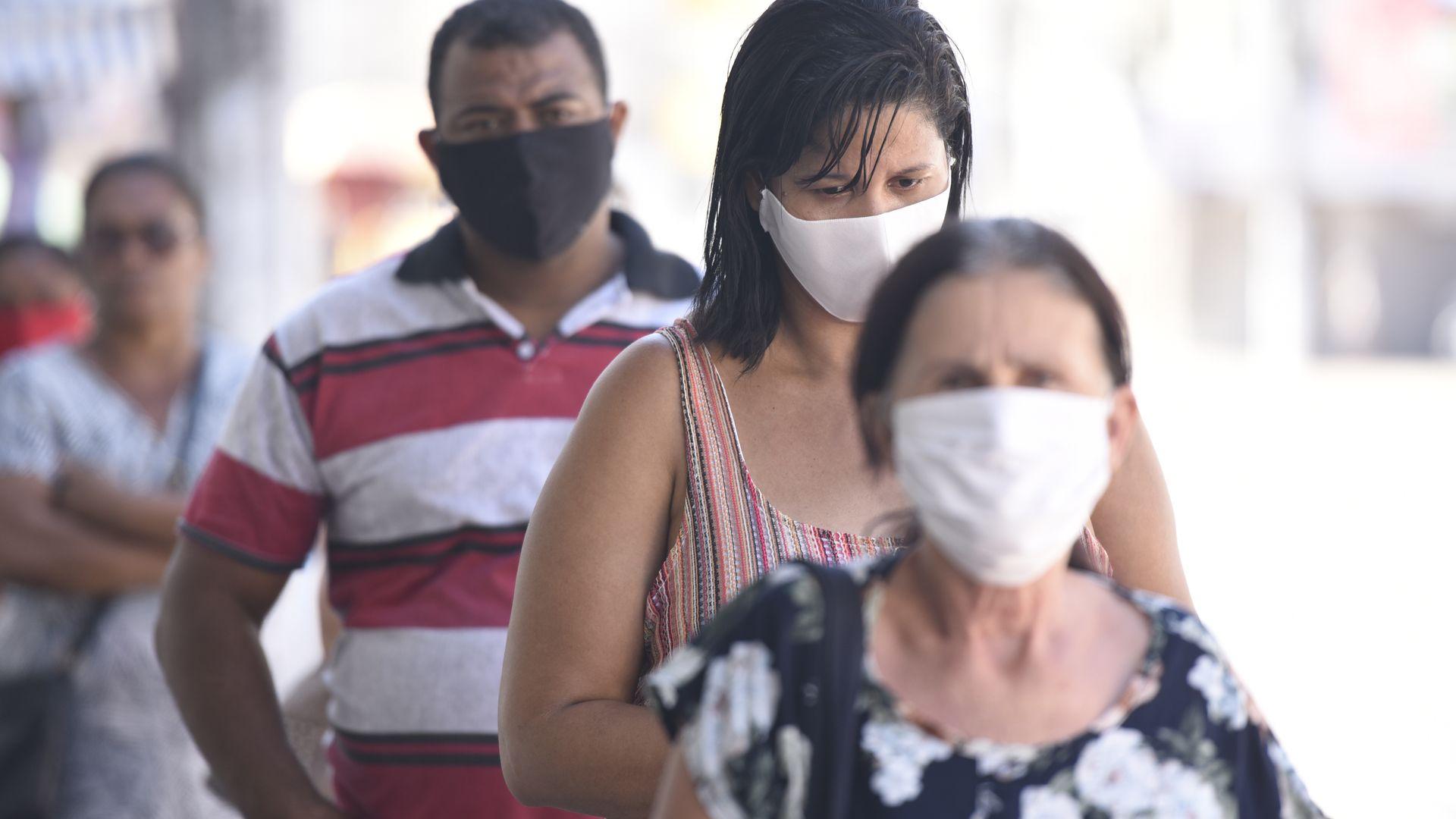 Uso de máscaras pode se tornar mais comum na sociedade pós-coronavírus