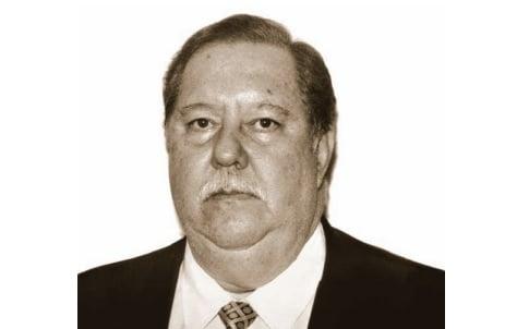 Além de médico com especialização em ginecologia, Rafael Mussiello também foi vereador em Vitória entre os anos de 2000 2 2004