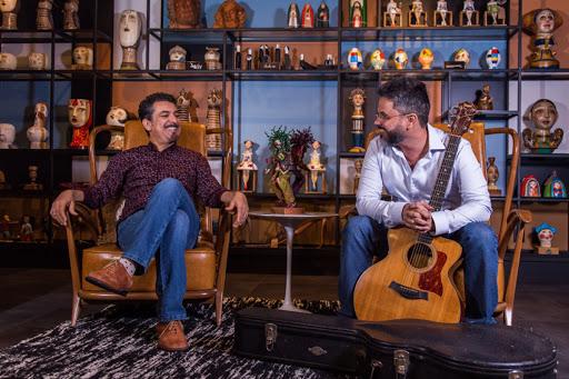 Os músicos de Sergipe Nino Karvan e Alberto Silveira