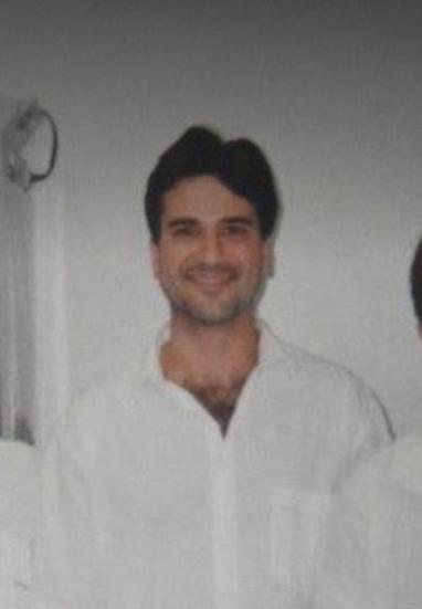 Médico anestesista Vinícius Barbosa Santos morreu na madrugada desta quinta-feira (18)